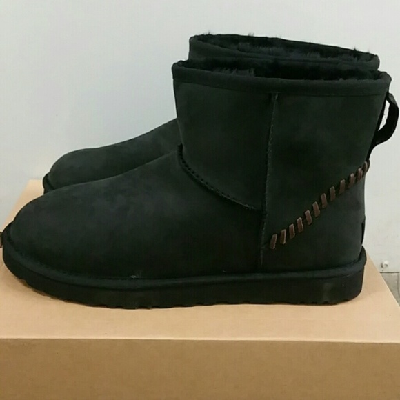 9d50f80f279 New Men's UGG Classic Mini Black Boots